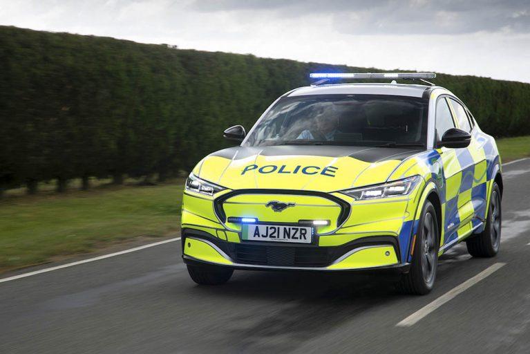خودروی-برقی-پلیس-3