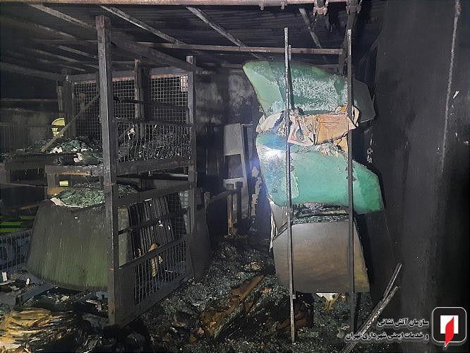 آتشسوزی_انبارشیشه (2)