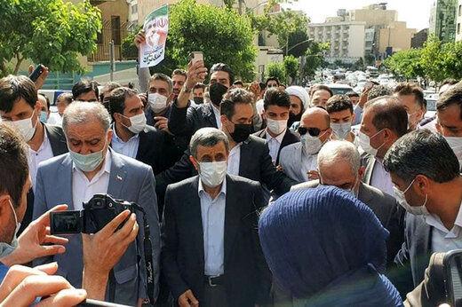 جزییات درگیری همراهان احمدینژاد در ستاد انتخابات کشور