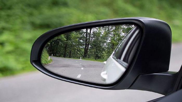 قیمت انواع آینه بغل خودرو چقدر است؟ + جدول