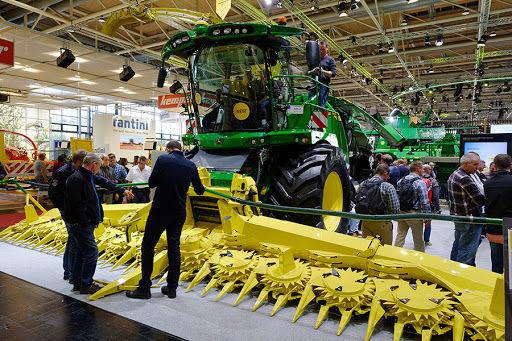 نمایشگاه کشاورزی کرمان ۱۳ ساله شد