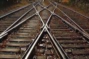 ذوب آهن ریل قطار اصفهان – تهران را تامین میکند؟