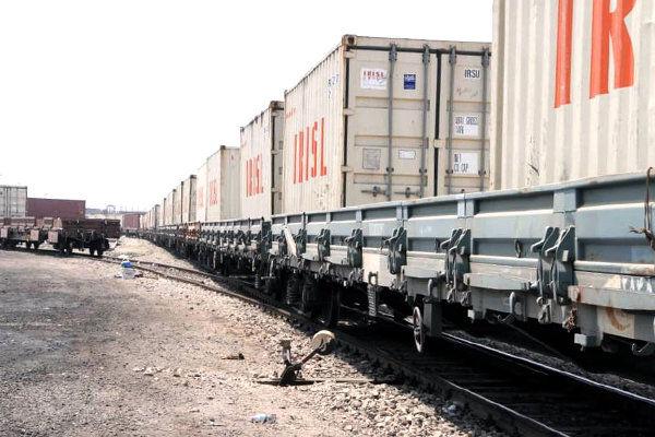 صادرات و واردات ۴.۵ میلیون تن کالا از بندر شهید رجایی