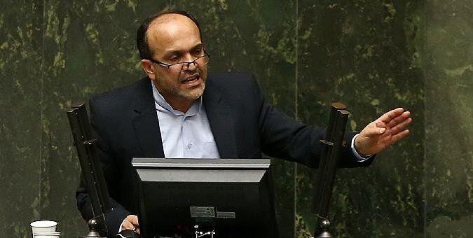 تذکر یک نماینده به تجمع فرهنگیان مقابل مجلس