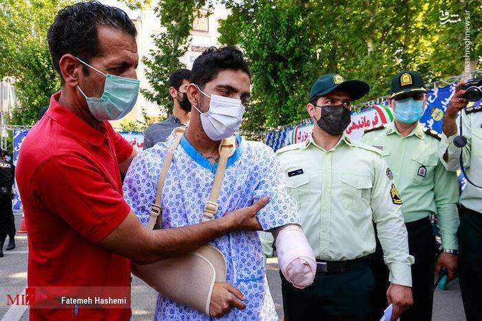 قطع کردن دست یک جوان توسط سارق ۱۸ ساله! + عکس
