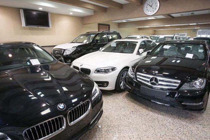 معاملهگران برای تنظیم سند خودروهای خارجی چند روز صبر کنند؟