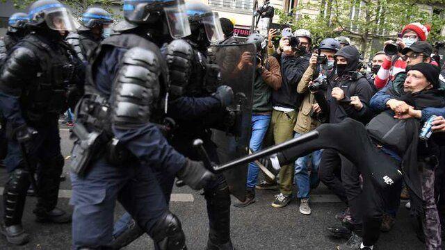 درگیری شدید بین پلیس و معترضان در پاریس