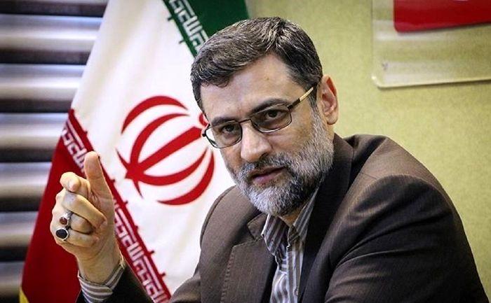 قاضی زاده هاشمی: دولت زانوی خود را از گردن مردم بردارد