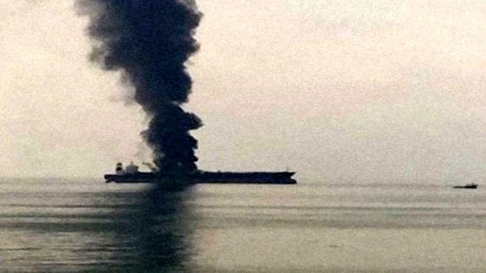 نفتکش عربستان منفجر شد