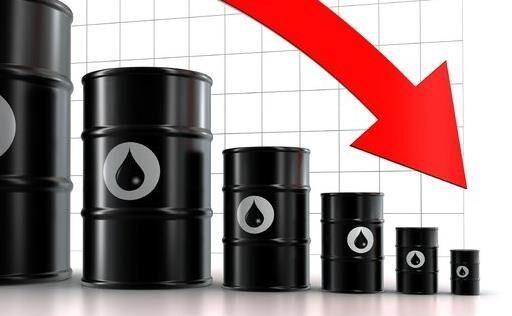 چرا قیمت نفت در سراشیبی قرار دارد؟