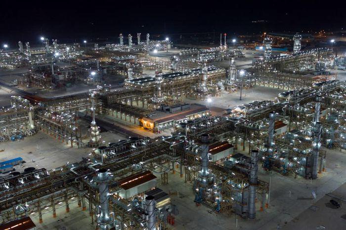 ابرپروژه پالایشگاه گاز بیدبلند افتتاح می شود