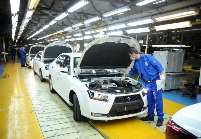 ایران خودرو برترین خودروساز کشور شد