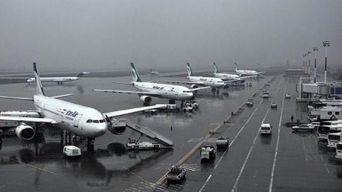 وزش باد شدید و طوفان پروازهای فرودگاه شیراز را لغو کرد