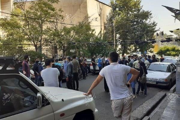 ماجرای تجمع استقلالیها مقابل فدراسیون فوتبال