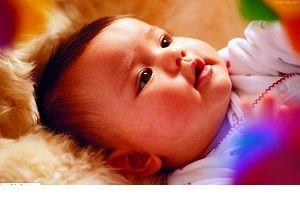 ۱۱ فایده ای که از تغذیه با شیر مادر نمی دانستید