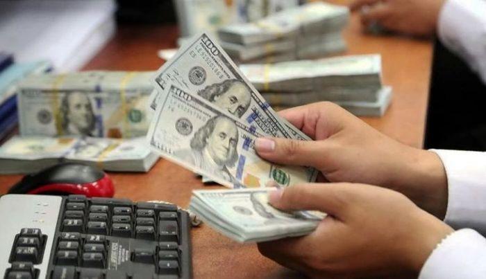 ۲ خبر مهم برای بازار ارز / قیمت دلار ریزشی میشود؟