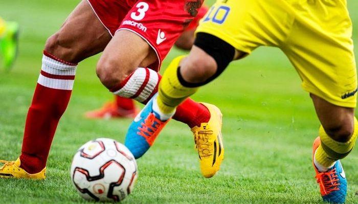 لیگ برتر بیستم در آستانه تعویق دوباره