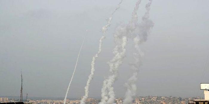 شلیک ۱۳۰ راکت به تل آویو توسط حماس + جزئیات