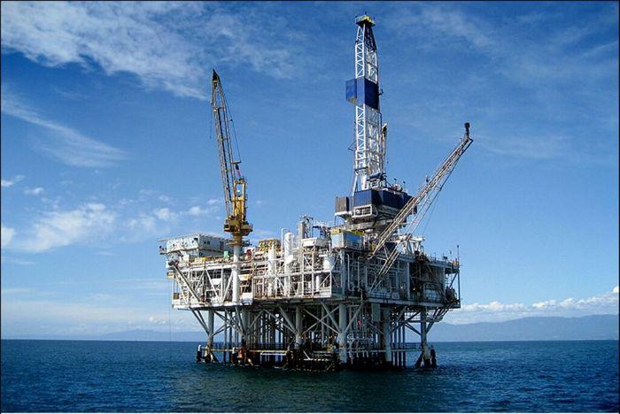 چرا صنعت نفت ورشسکته است؟