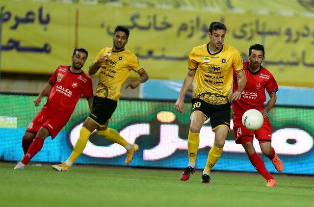مشکل اصلی؛ پول حرفهای در فوتبال غیر حرفهای ایران