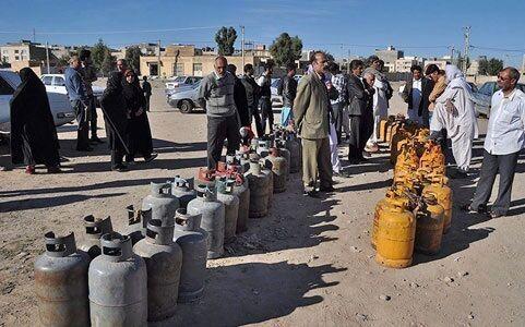 اعتراض مردم زاهدان به خاطر کمبود گاز / فیلم