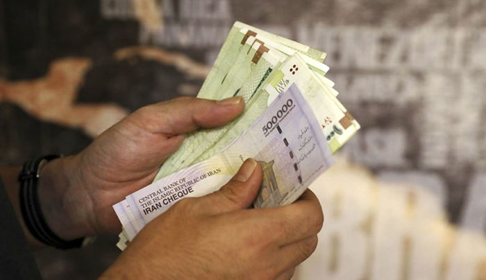 آخرین تصمیمات درباره افزایش حقوق کارکنان دولت در سال ۱۴۰۰