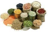 قیمت هر کیلو حبوبات در بازار امروز (۱۴۰۰/۰۱/۲۱) + جدول