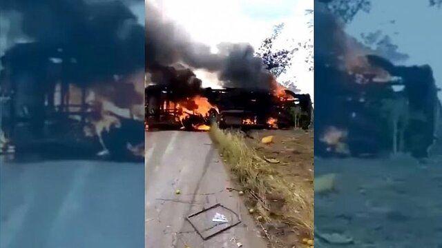 دهها نفر در تصادف اتوبوس در آتش سوختند