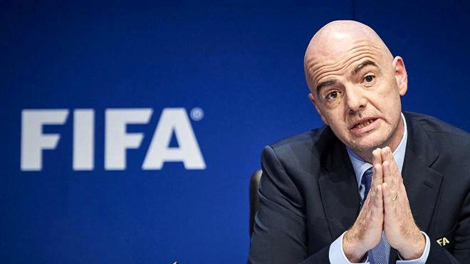 رئیس فیفا تعلیق میشود؟