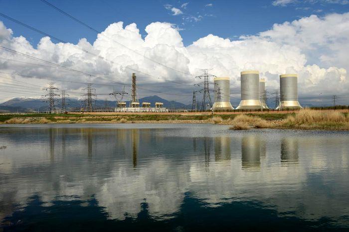 دو نیروگاه برق از رده خارج می شوند؟