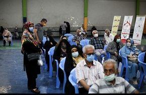 تصاویر/ آغاز واکسیناسیون افراد بالای ۶۵ سال