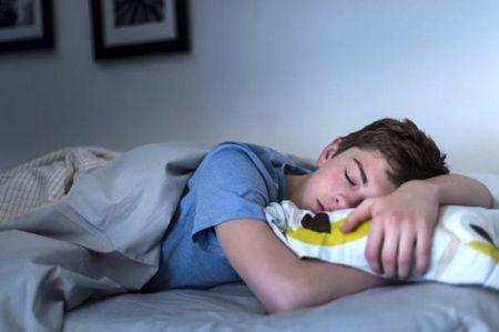 اگر خوابتان کم است، مراقب این بیماری ها باشید